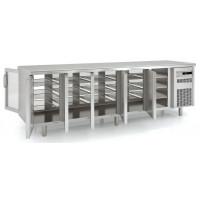 Durchreichekühltisch Premium 5/0 mit 5 Glastüren